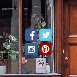 Pegatina redes sociales
