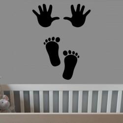 Vinilo decorativo huellas bebé