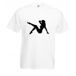Camiseta chica sexy sentada